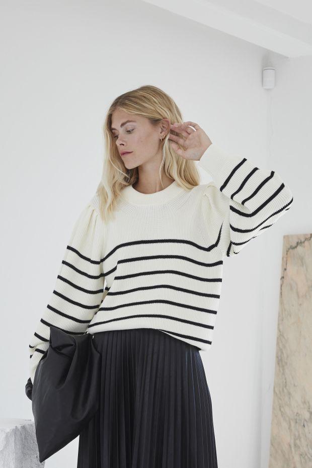 Designers Remix Pull MANDY Sleeve Knit - CreamBlack